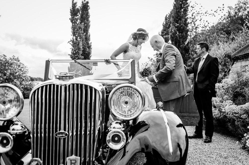 Notley Tythe Barn Reportage Wedding Photos 011.jpg