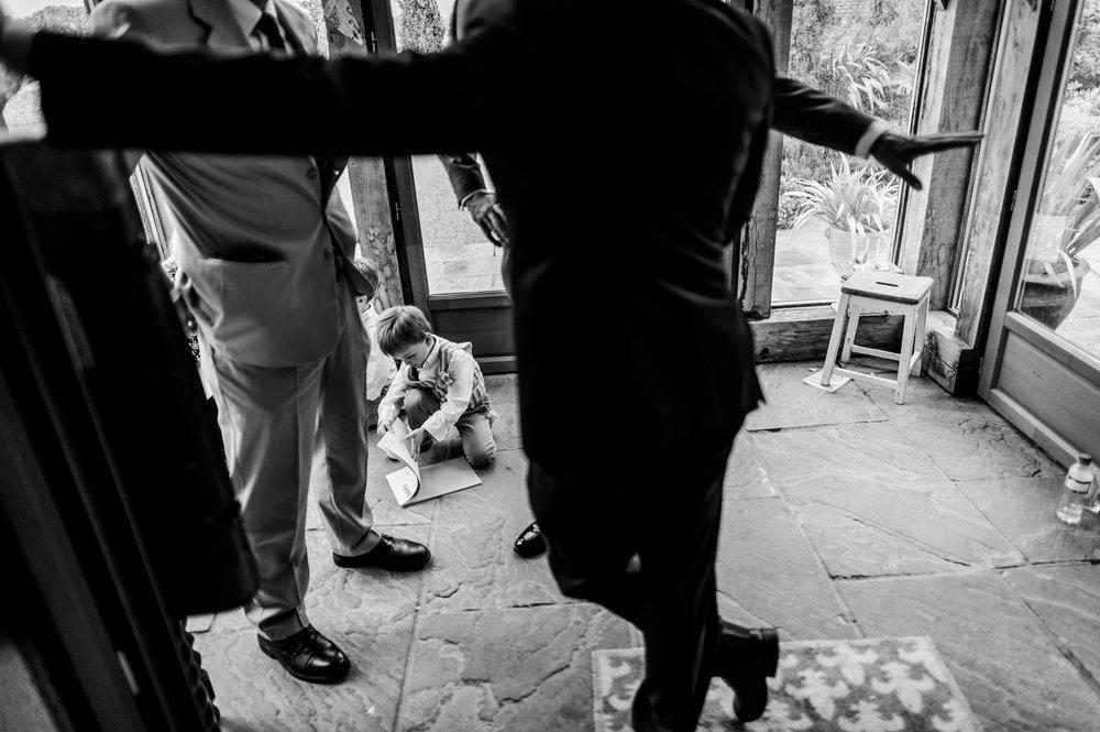 Notley Tythe Barn Reportage Wedding Photos 023.jpg