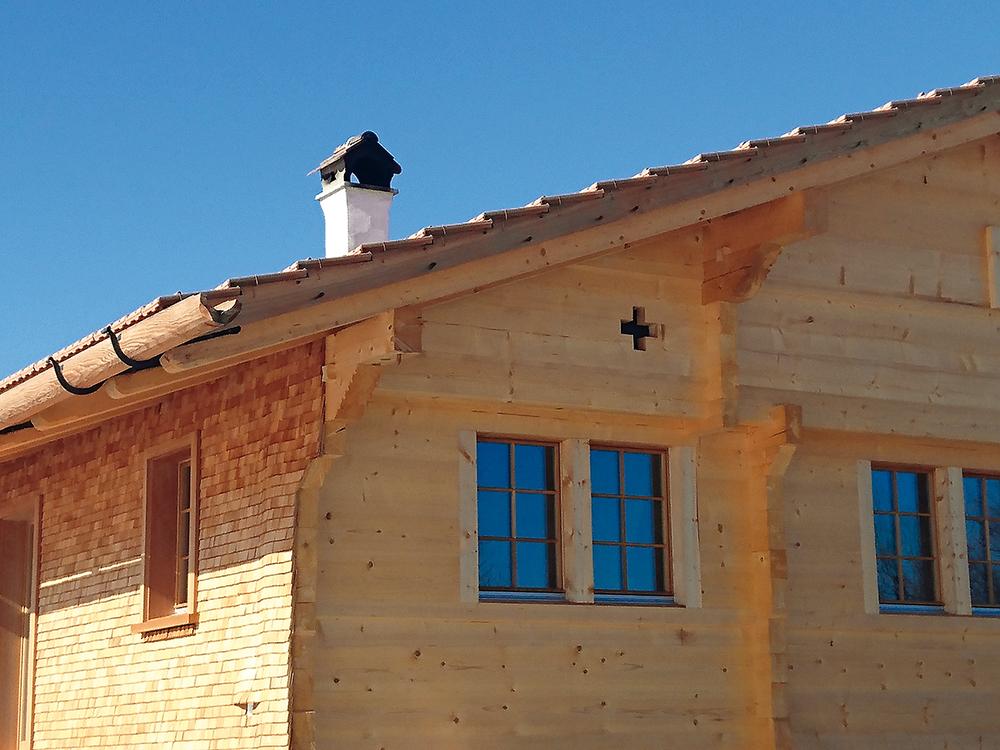 Kamin fertig über Dach