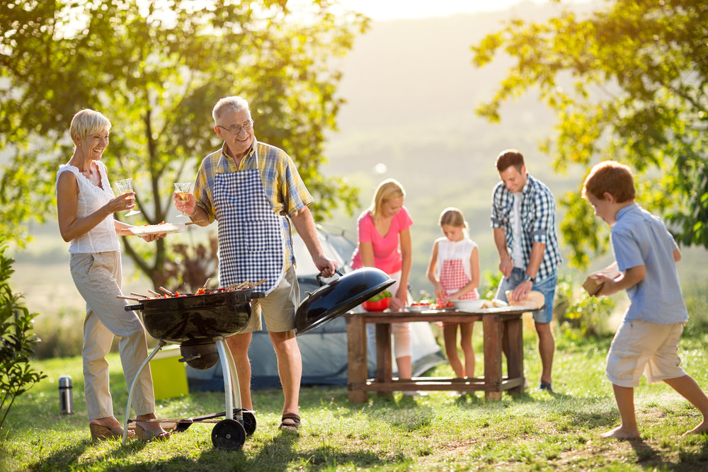 family-camping-and-cooking-PLGM7Q5.jpg