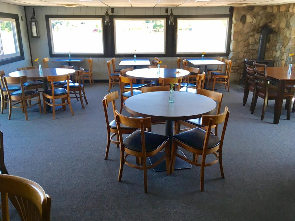 Bayfront dining room 2.jpg