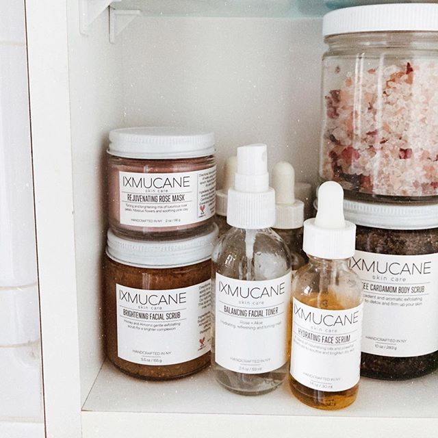 A well stocked self care Sunday, have you checked out sale?!? All body scrubs are 40% off! ✨
