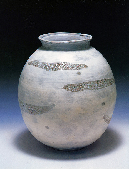 1.-Jung-Do-Lee_Buncheong-Vase.jpg