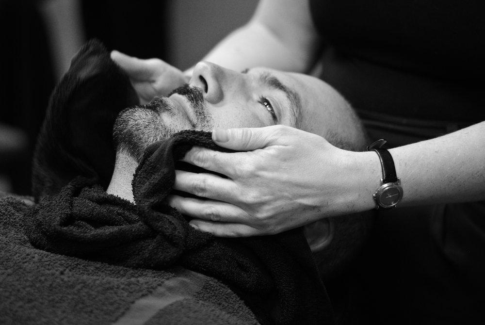 04weekly beard maintenance.jpg