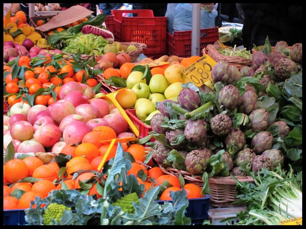Daily Market in the Campo de' Fiori - Rome