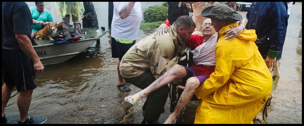 hurricane-harvey-rescue-2-jt-170827_12x5_992.jpg