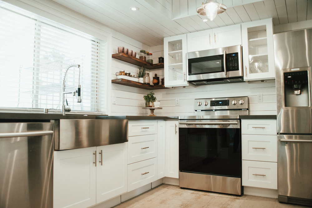 White Farmhouse Kitchen Makeover on Daryn Mae Blog