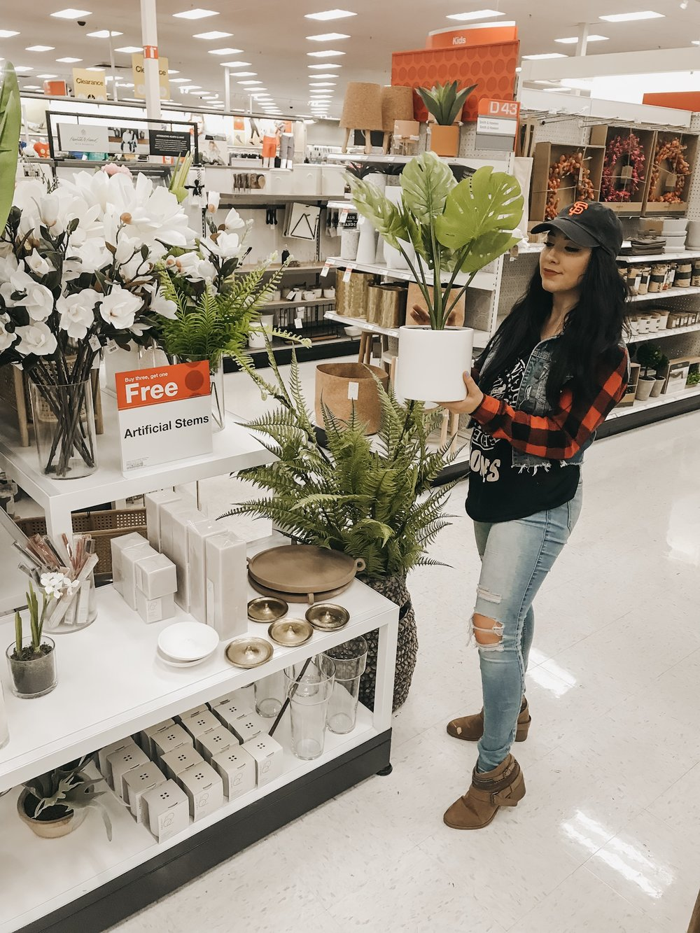 february faves. - Hey lovelies! I'm so excited to share with you the prettiest home accents at target this month.Click the photos below to shop each product!