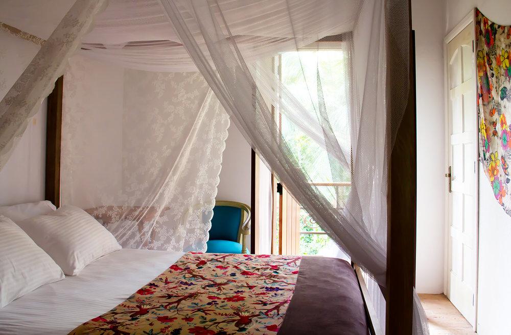 estalagem-camburi-suite-toscana-1.jpg
