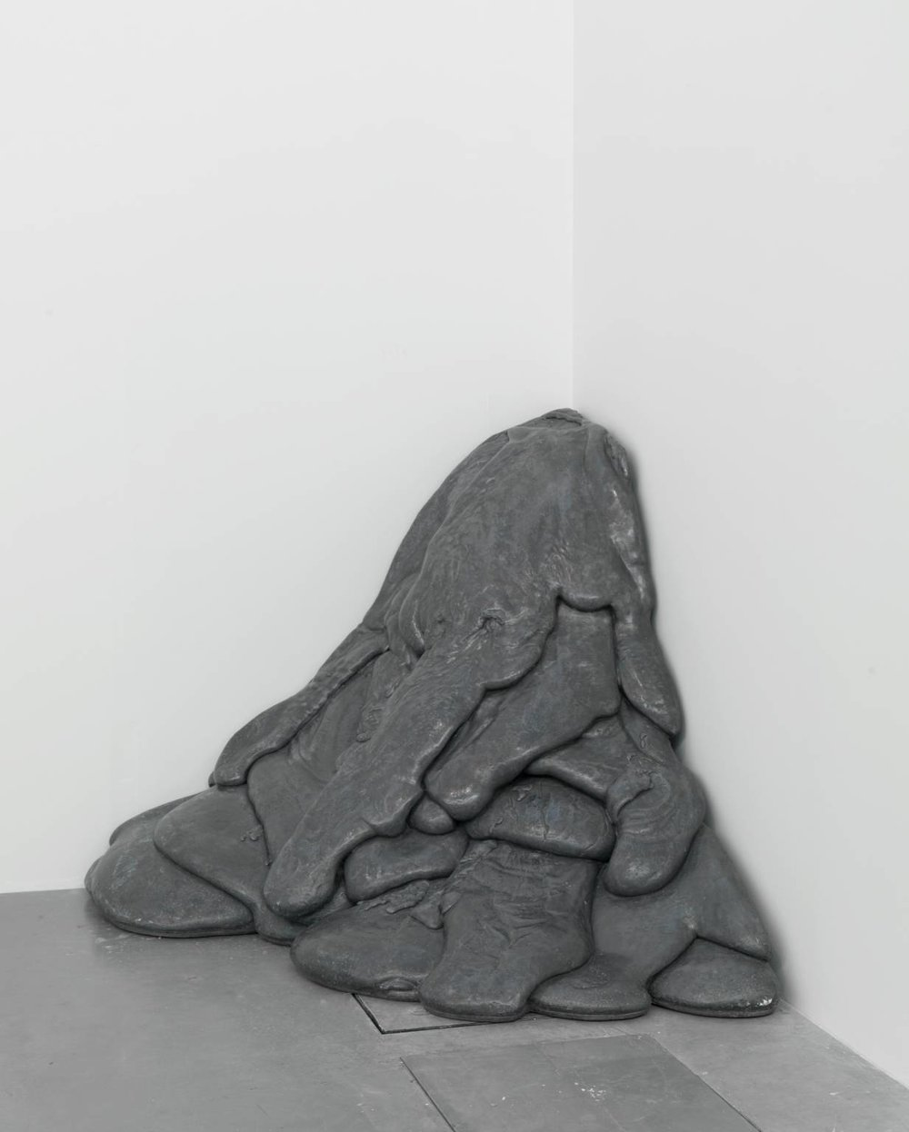 Linda Benglis ( 1969, cast 1975)  Quartered Meteor.  Lead and steel on steel base.