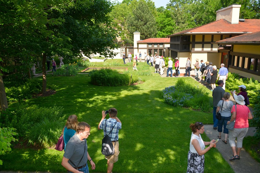 Tour of a Frank Lloyd Wright-designed house and Jens Jensen-design landscape in Riverside, IL, 2016.