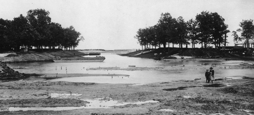 Jackson Park Lagoon Looking East, July, 1891. Chicago Public Library, Special Collections, WCE CDA 1.1. Photograph by C.D. Arnold.