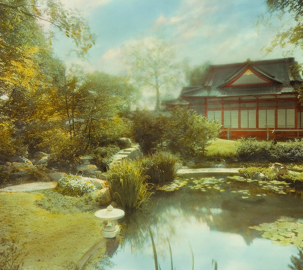 Ho-o-den Pavilion and Japanese Garden in Jackson Park, ca. 1935. Chicago Park District Records: Photographs, Special Collections, Chicago Public Library.