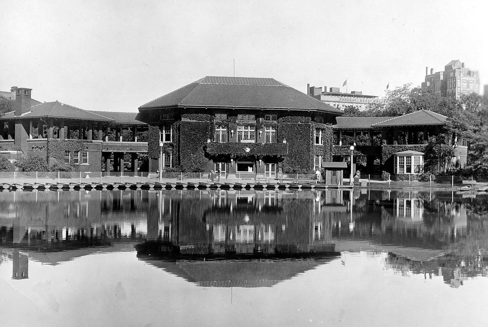 Café Brauer with boating concession along the edge of South Pond, ca. 1940. Chicago Park District Records: Photographs, Special Collections, Chicago Public Library.