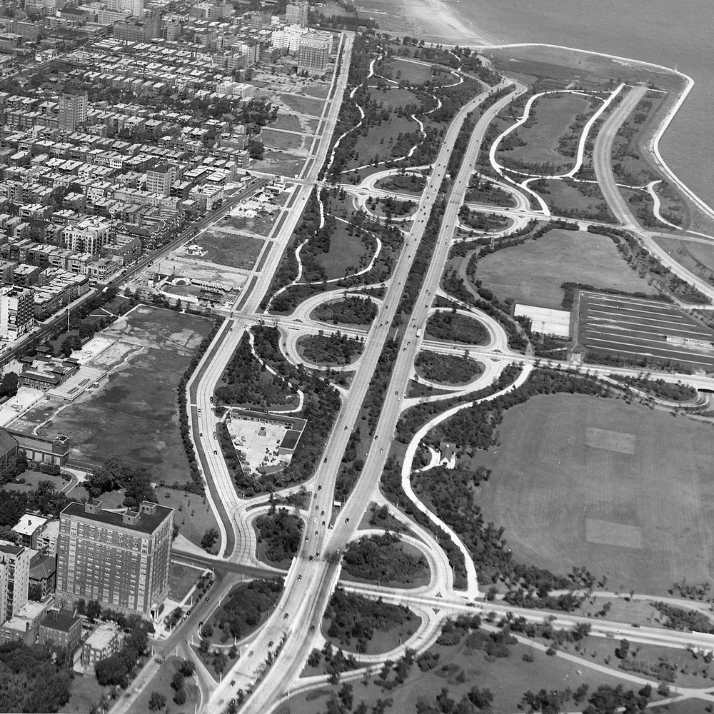Aerial view of Lincoln Park Extension with 4300 N. Marine Drive at lower left, ca. 1940.  Chicago Public Library Special Collections, Chicago Park District Archives, Photos.