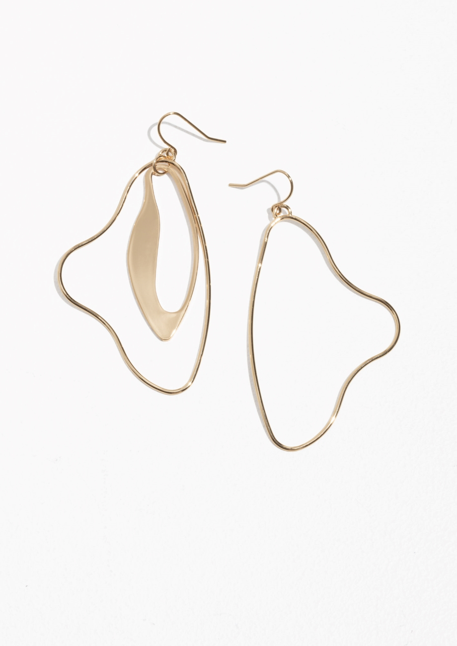 Sculptural Dangling Earrings  Love the asymmetric vibe