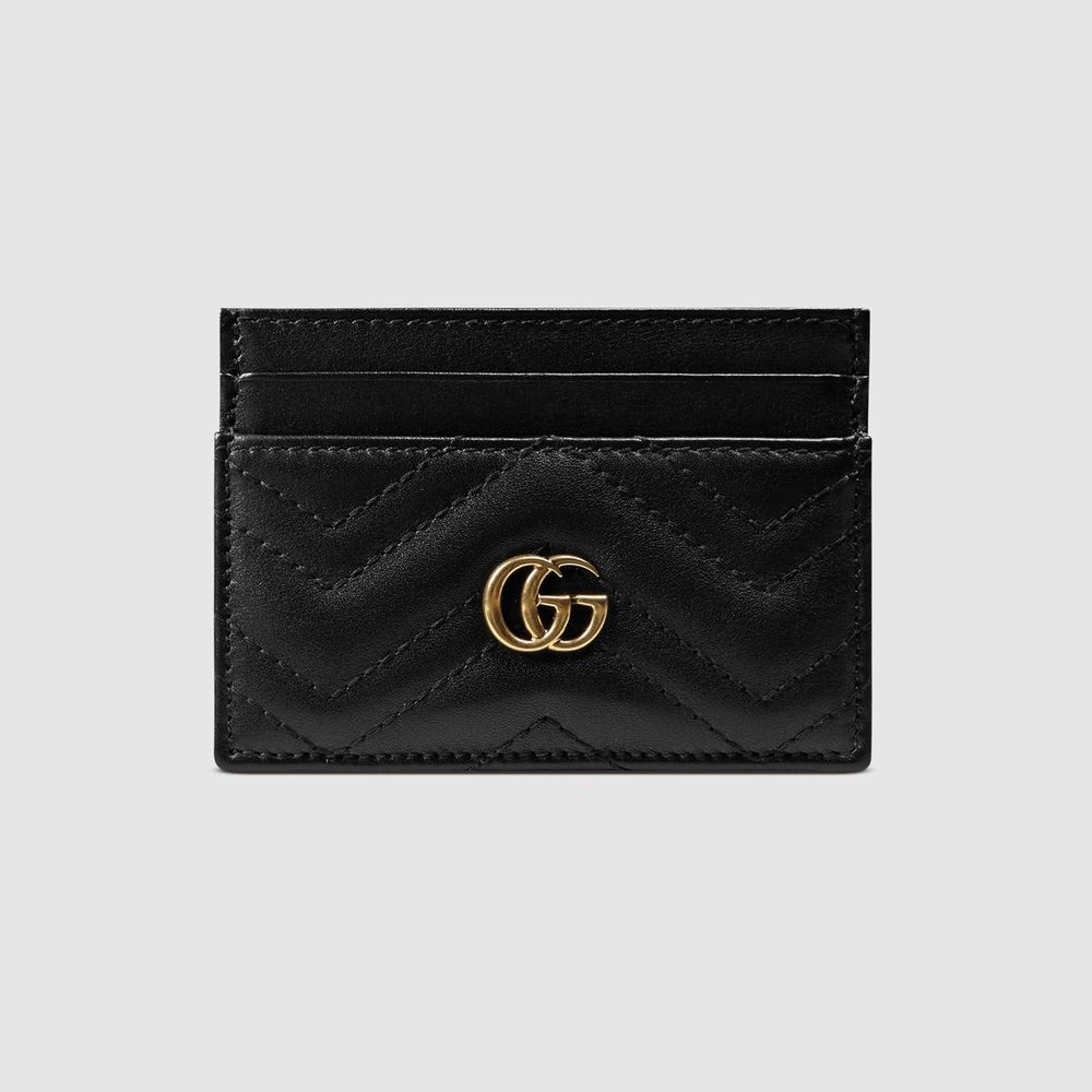 gucci Marmont card case  Tres chic