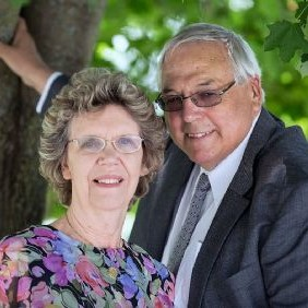 Ray & Carol Jones.jpg