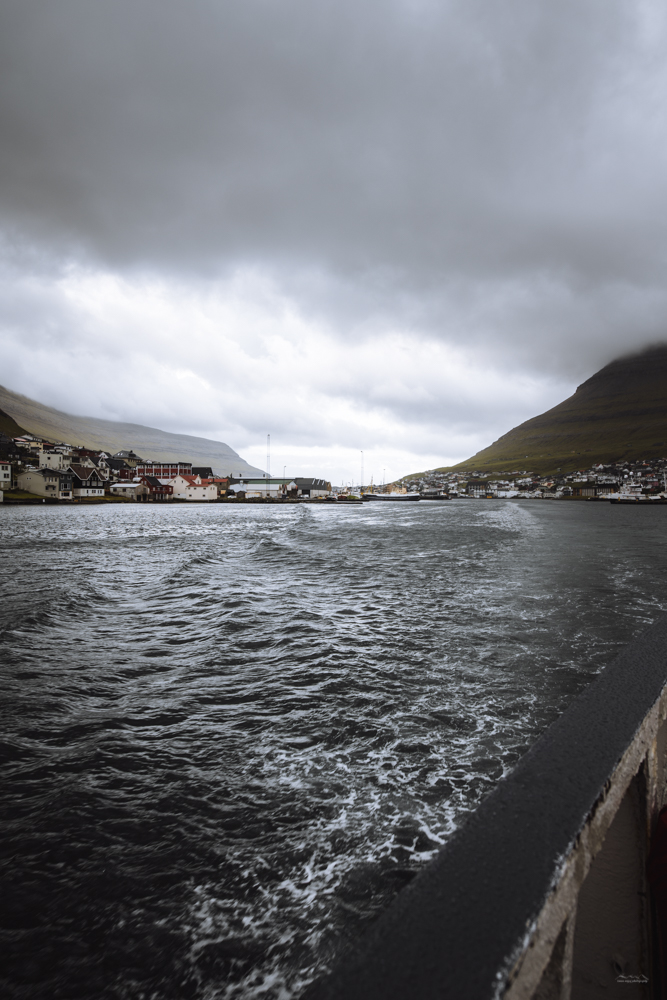 Klaksvik seen from the ferry to Syðradalur