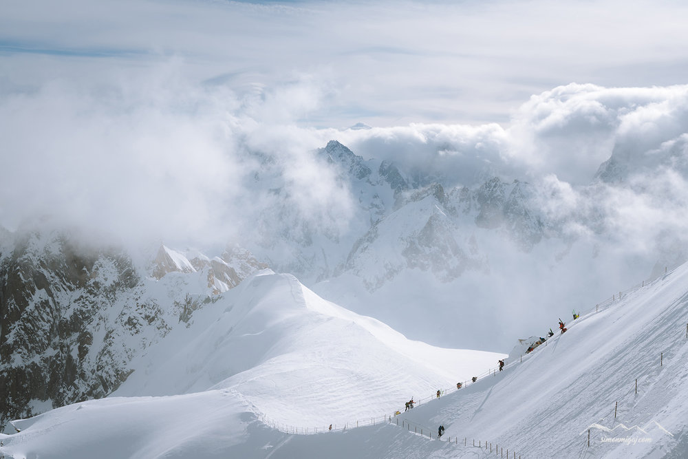path-down-aiguille-du-midi-ridge.jpg