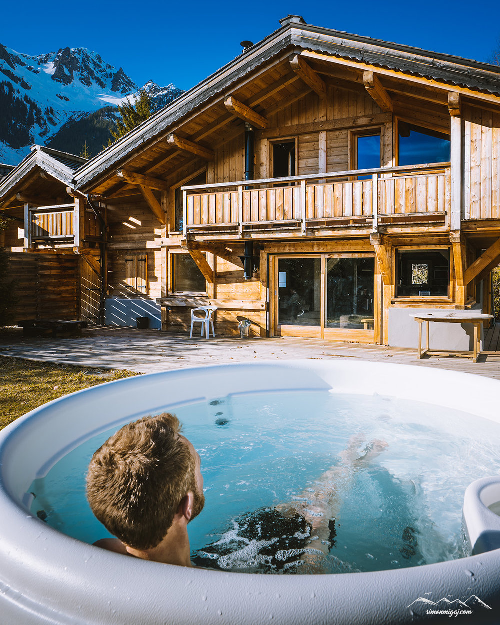 back-in-chalet-chamonix-valley-fever.jpg
