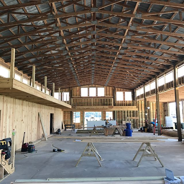 The balcony in the legacy barn is almost complete and with windows running along the top the whole length of the barn, guests will have a panoramic view of the fields and the lake here at Anderson farm!