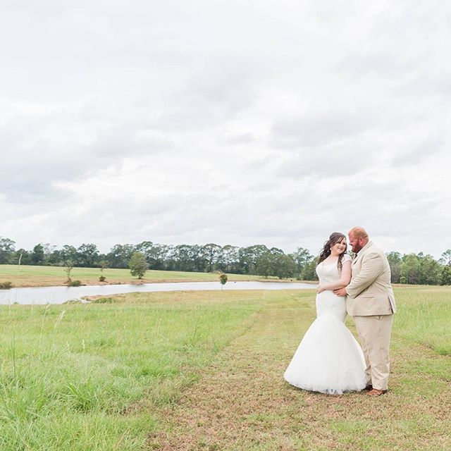 Chris and Hannah's wedding day was featured on Brittany Jayde Photography's Facebook page today. 😍 click the link in our profile to see all the beautiful pictures!!