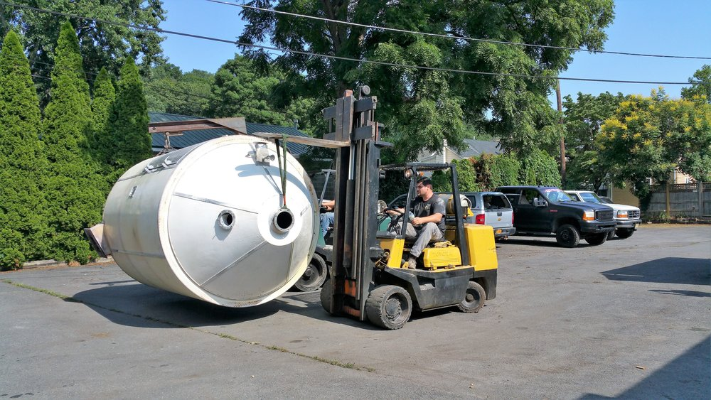 A & J Enterprises    Heavy Machinery Rigging and Transportation Logistics Management    Based in Central New Jersey, we safely dismantle, ship, and install heavy machinery and factory equipment across the US.   GET A FREE ESTIMATE