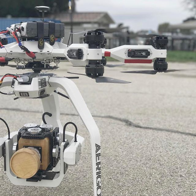 Dummy run with the 16lb @woodencamera mock-up before the real #PhantomFlex4k flight. #aerigon . 📸:@usasportinc . #drone #drones #dronegear #dronestagram #phantomflex #redweapon #aerialcinematography #intuitiveaerial #droneheros #dronefly #dronesetc #redepic #woodencamera #carcommercial #filmmakinglife #aerialphotography #shotoveru1 #alexamini #netflixandchill #droneworld #djimavic #djiphantom4pro #inspire2 #reddigitalcinema #mōvipro #djimavicpro #alta8 #movipro
