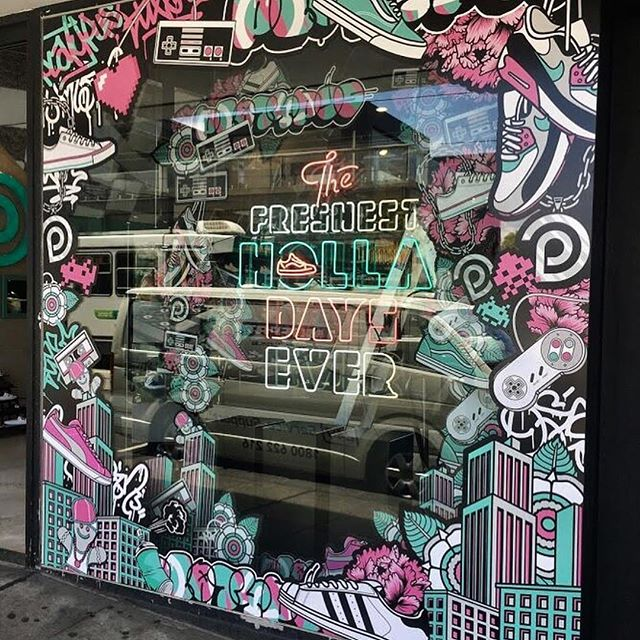 Did you catch @alexlehours' illustrations for @platypus_sneakers? They were used in window displays and decals during Christmas in Australia! Nice 👟👟