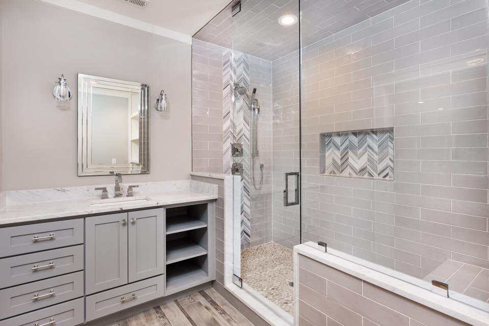 Pinnell bathroom.jpg