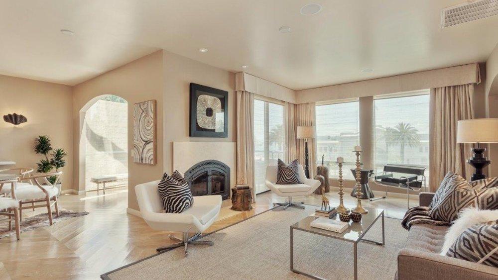 550 Davis St, 20 - $3,425,000$1,522/SqFt3 bed/2.5 baths2,251 SqFt