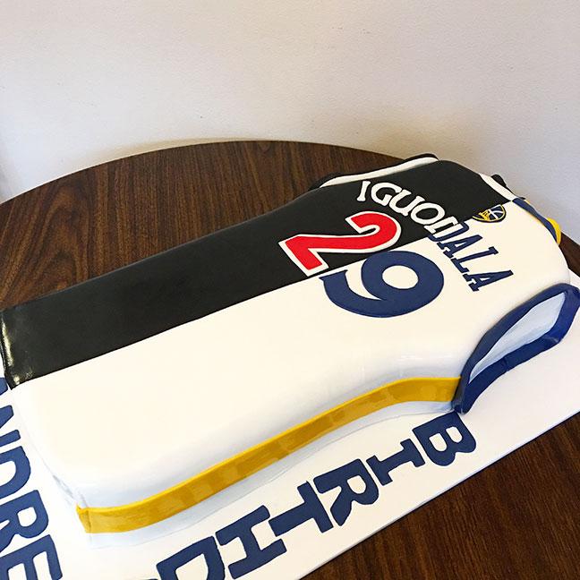 sculpted-cakes017.jpg