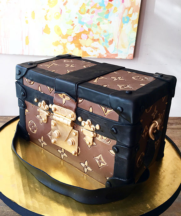 sculpted-cakes012.jpg