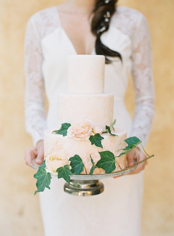 fondant-cakes01.jpg