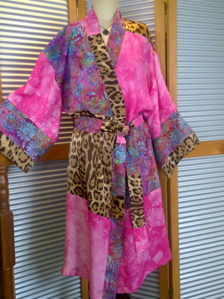 kimono pink leopard batik.jpg