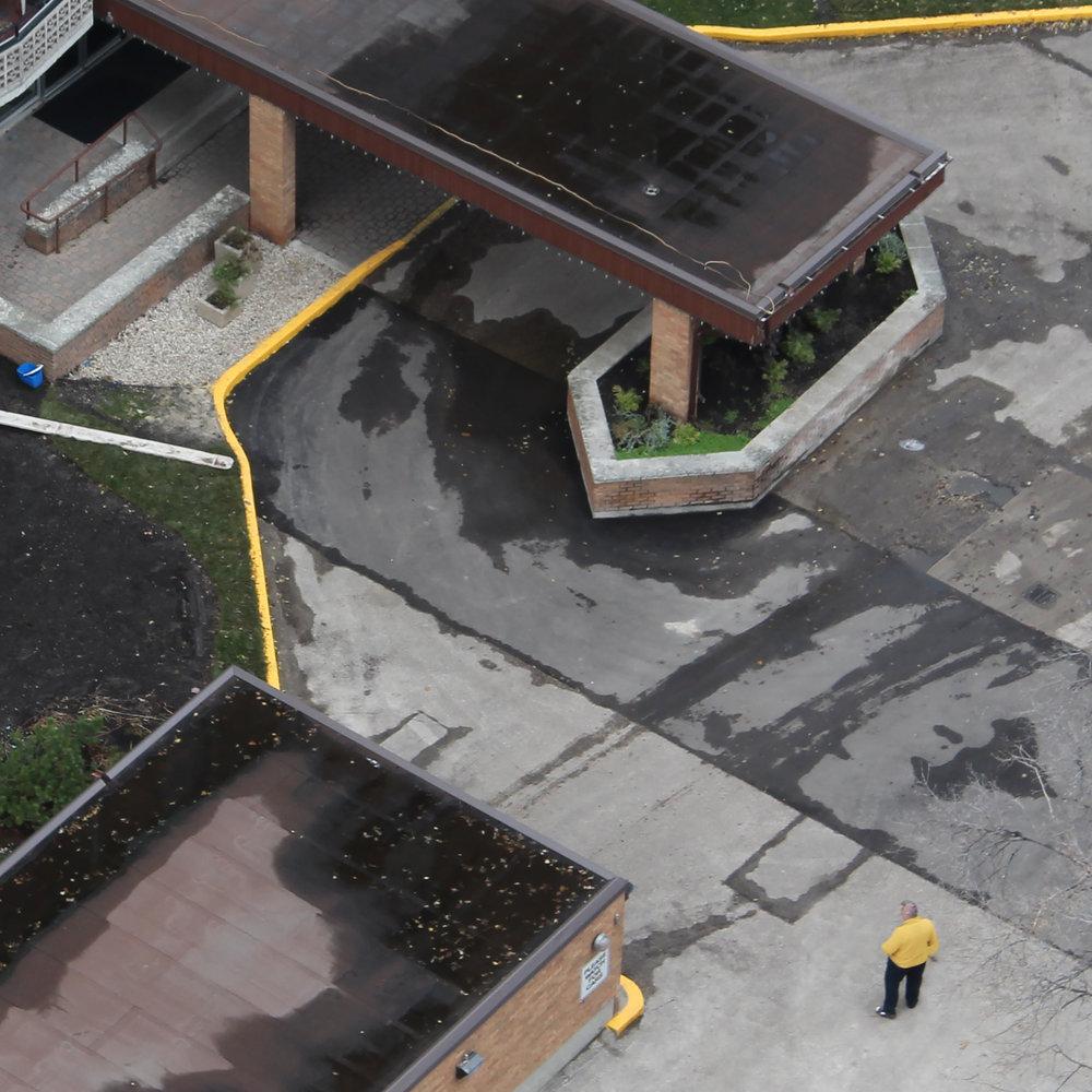 yellowstand.jpg