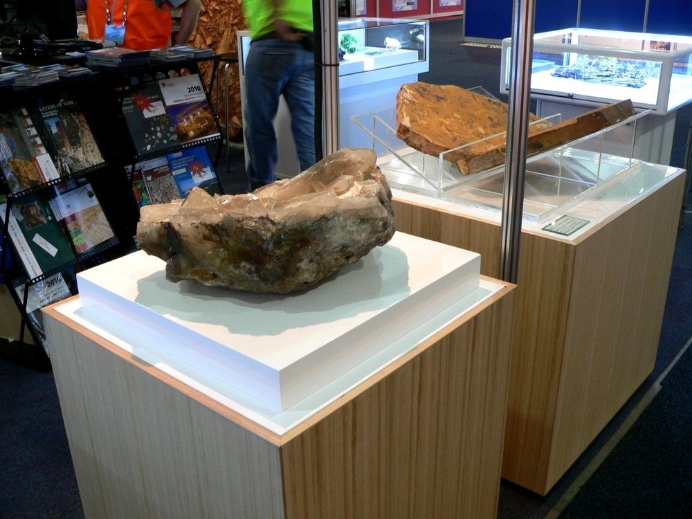 mineral plinth.JPG