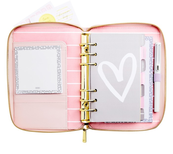 leather_personal_zip_planner_medium_love_life_pink_03_detail_a_1.jpg