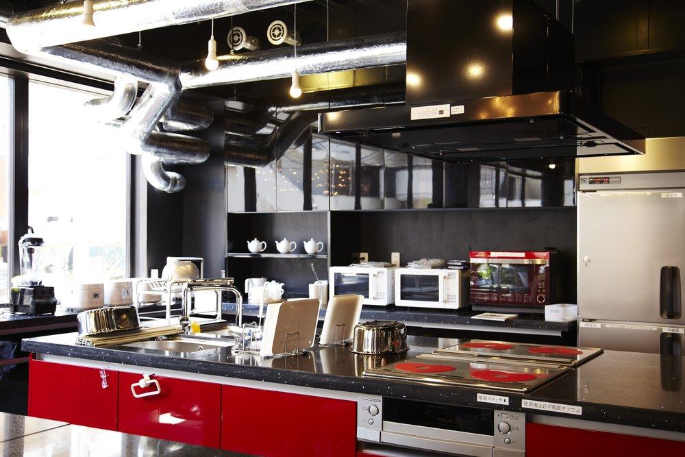 RZP Sugamo: share house kitchen