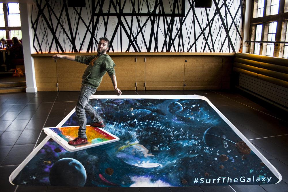 day_1_samsung_surfthegalaxy_02.jpg