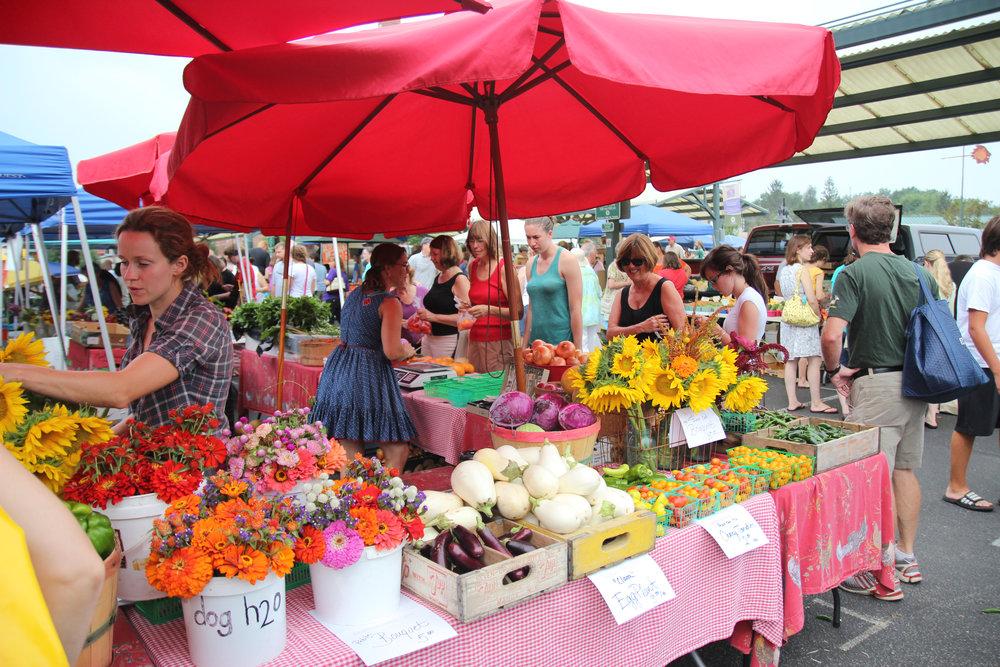 Saturday farmers market / photo credit: Visit Bloomington