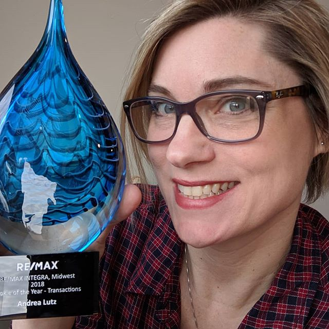 Who got 2018 Rookie of the Year for Indiana?? This girl!! #realestatelife #rookieoftheyear #remax #bloomingtonrealestate #realtorsrock #award #hardworkpaysoff #myclientsarethebest