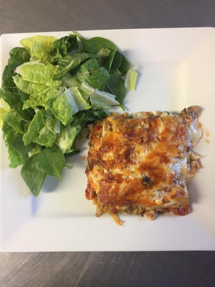 vegetarian+lasagna+w+3+cheese.jpg