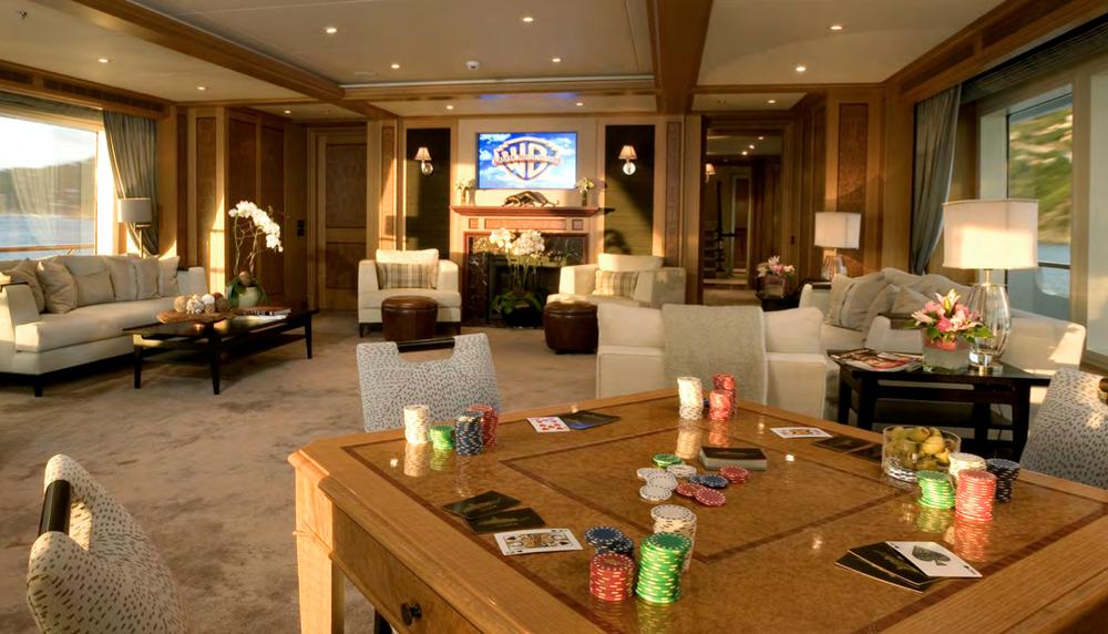 Main Salon Poker.png