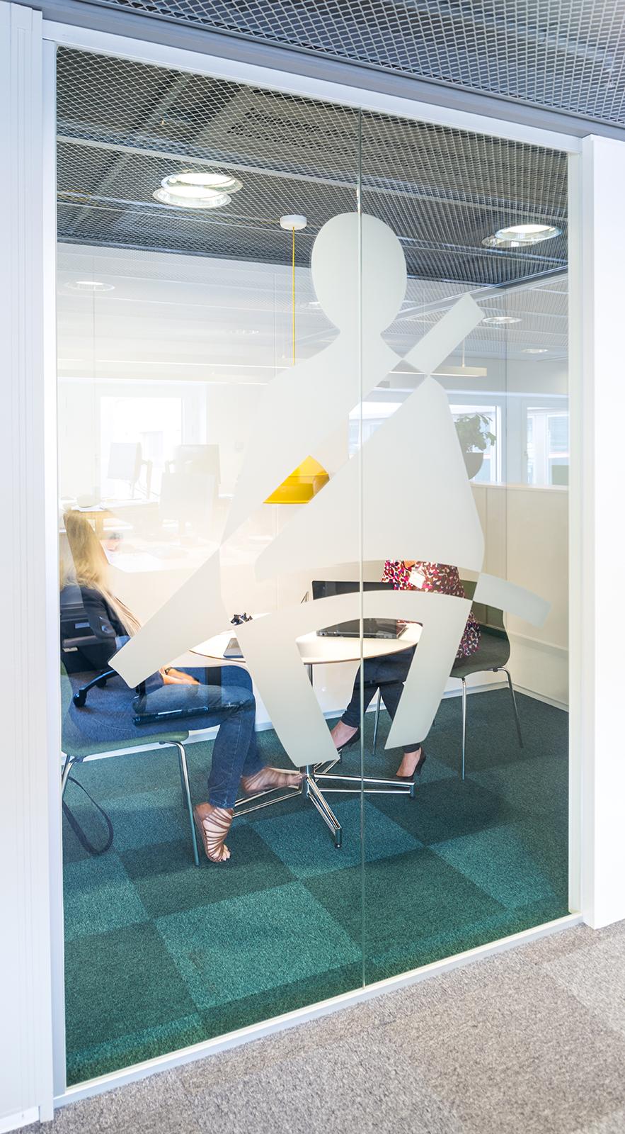 SCMotorsOffice026.jpg
