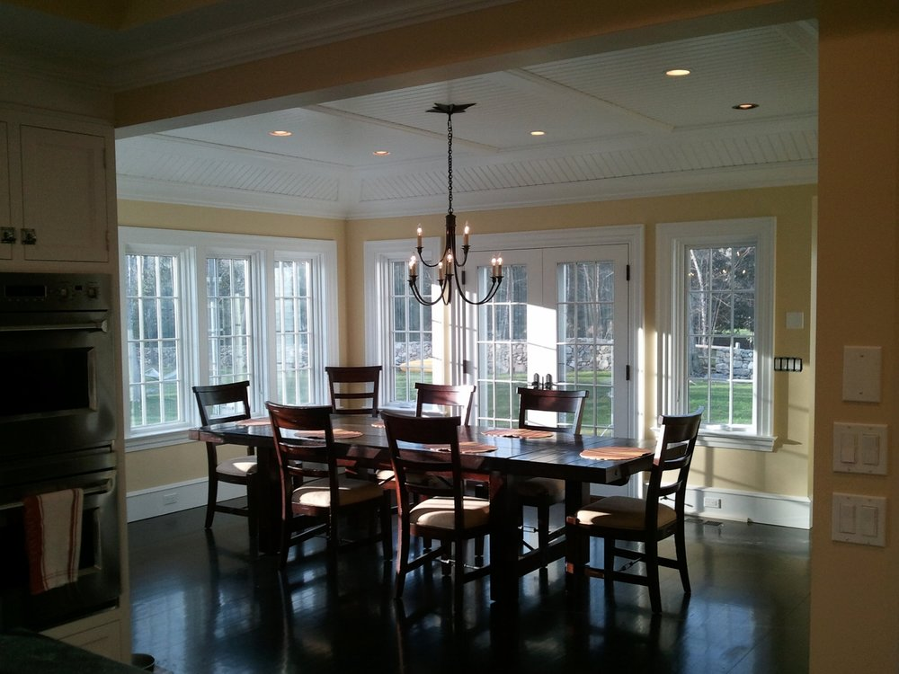 Adjoining Sun Filled Breakfast Room