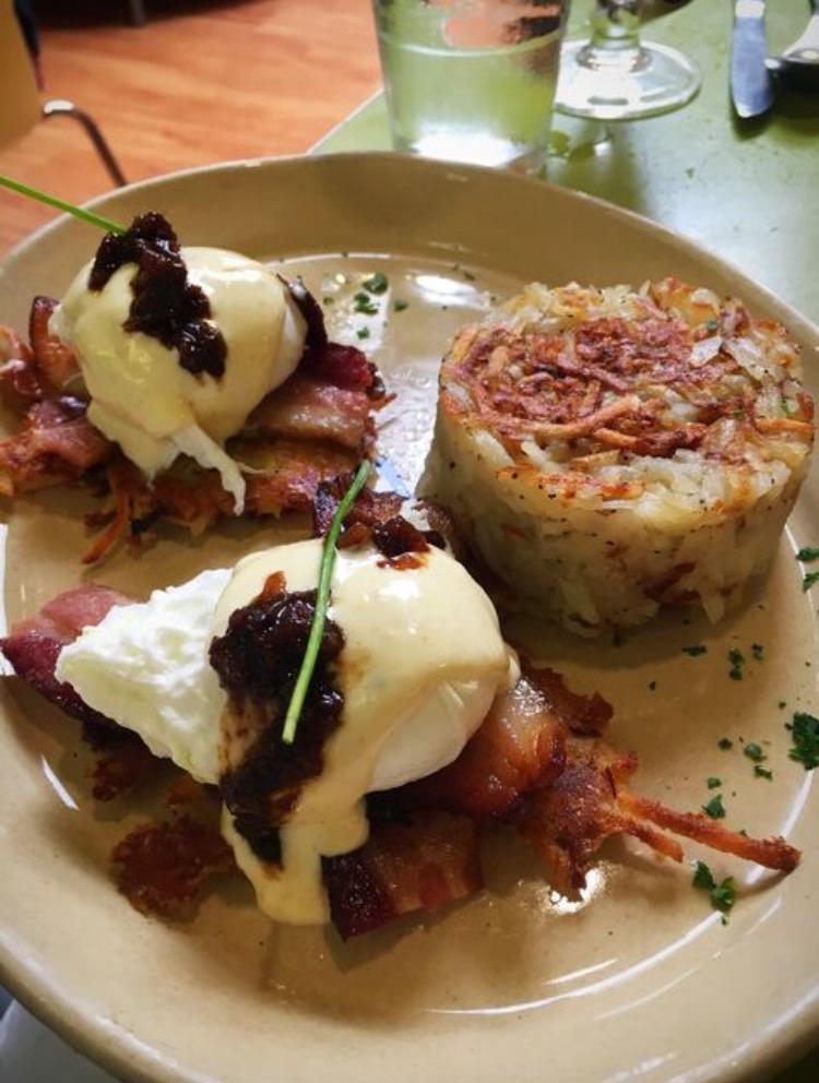 snooze-bacon-breakfast