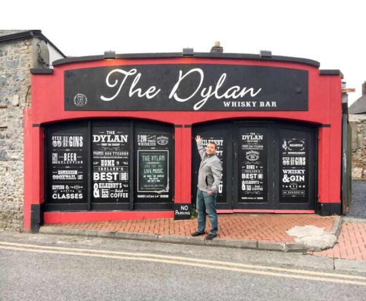 kilkenny-ireland-dylan-whisky-bar.jpg
