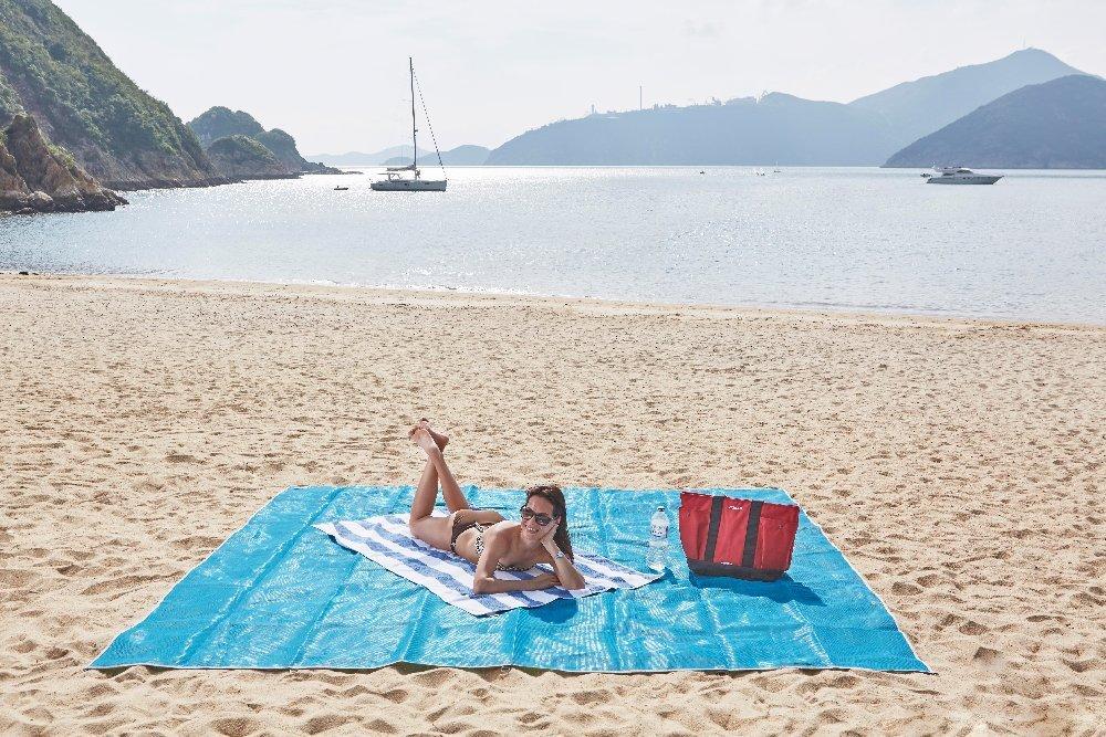sandless-beach-mat.jpg